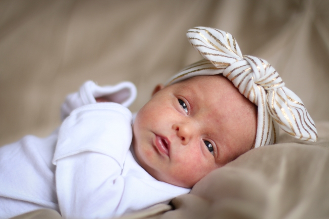Addie & Ellie Spens Newborn Pics 2015_100