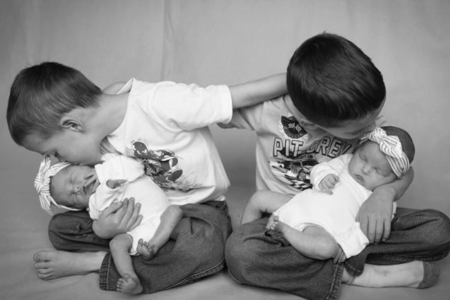 Addie & Ellie Spens Newborn Pics 2015_414 - Version 2