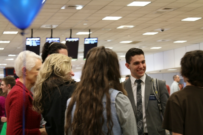 Elder Sohler Welcome Home Photos 2015_22