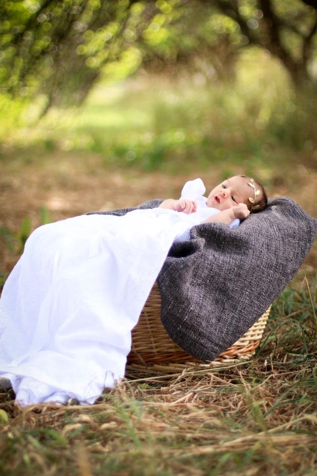Lucy Reynolds Newborn Photos 2015_8