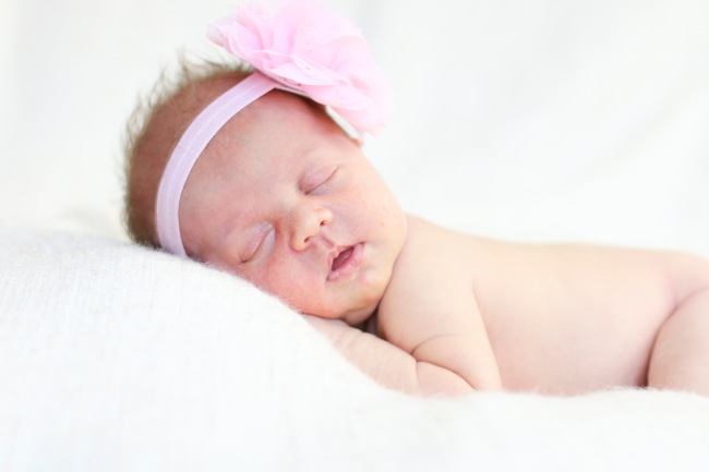 Raelynn Newborn Photos 2016_27