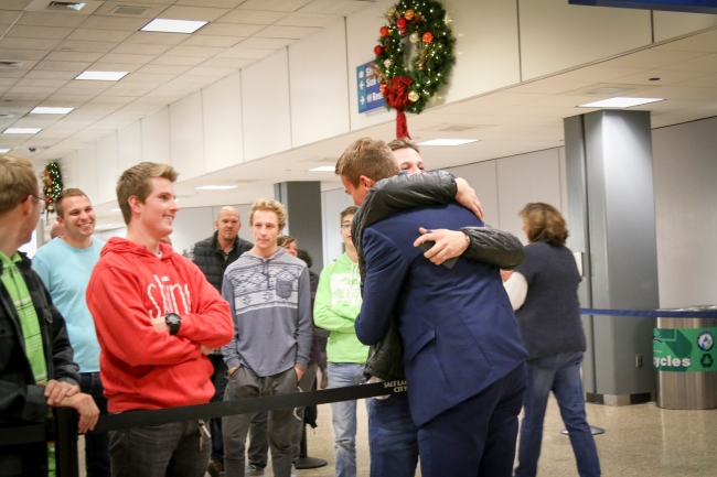 welcome-home-elder-read-photos-2016_35